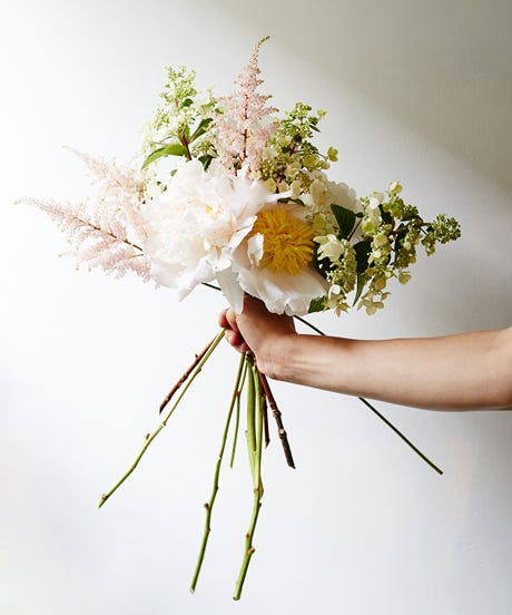 Flower Arrangements Basics: Flower Arranging Tips
