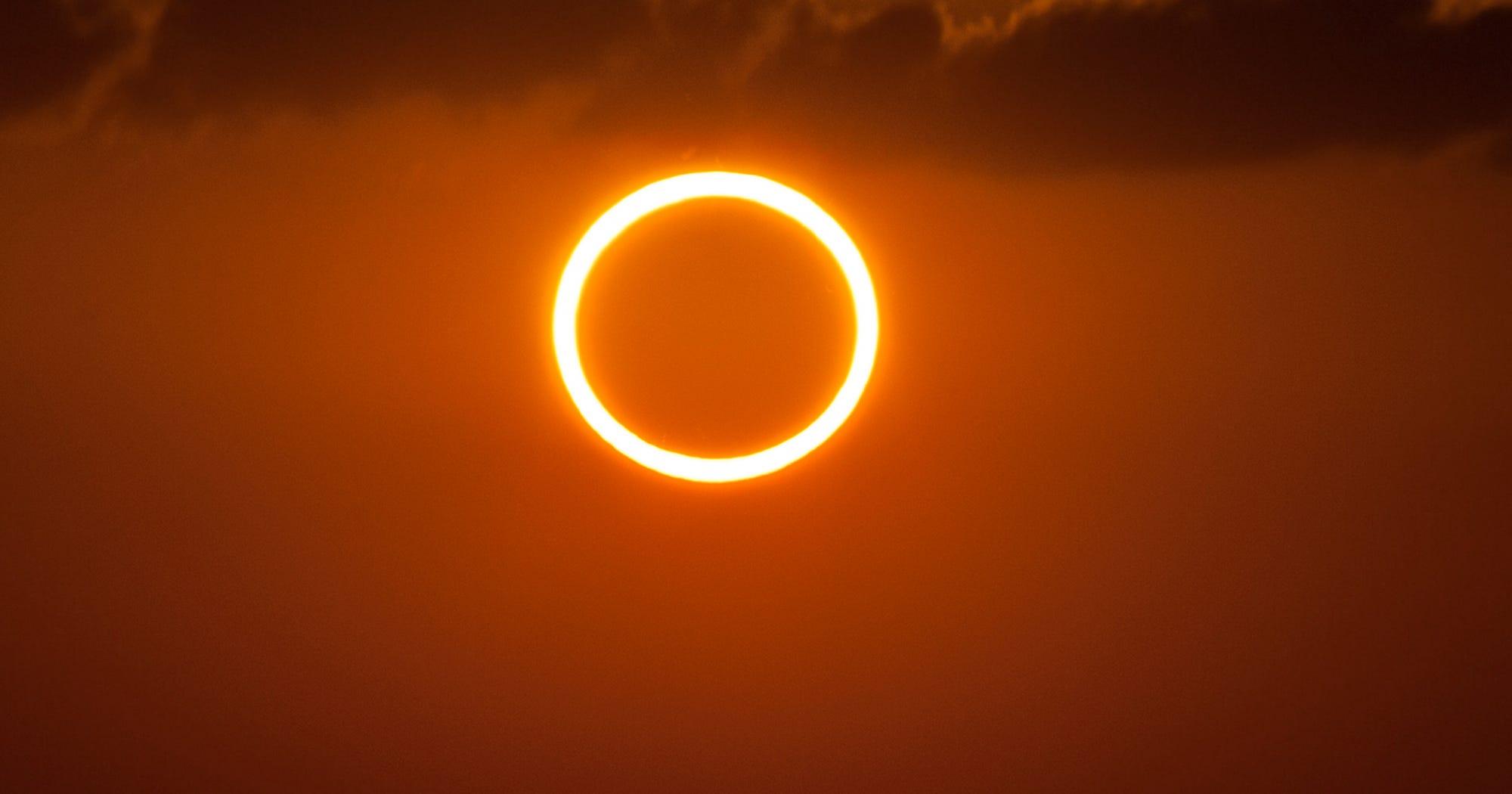 solar eclipse porn