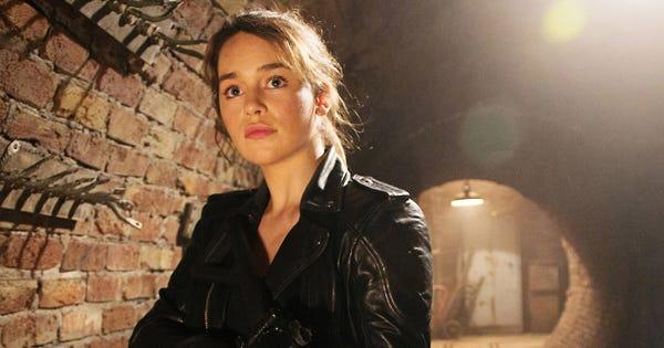 Terminator genisys sarah connor emilia clarke - Sarah connor genisys actress ...